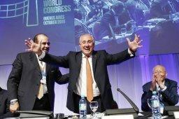 گراسا دوباره رییس فدراسیون جهانی والیبال شد