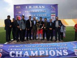 صعود تیمهای پدیده مشهد و امید گلستان به لیگ برتر