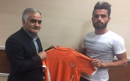 مدافع خونه به خونه به تیم مس کرمان پیوست