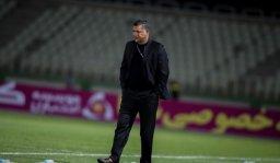 علی دایی: در سه بازی سر تیم من را بریدند