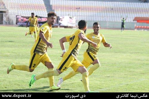 تصاویر:دیدار فجرسپاسی - ایرانجوان بوشهر